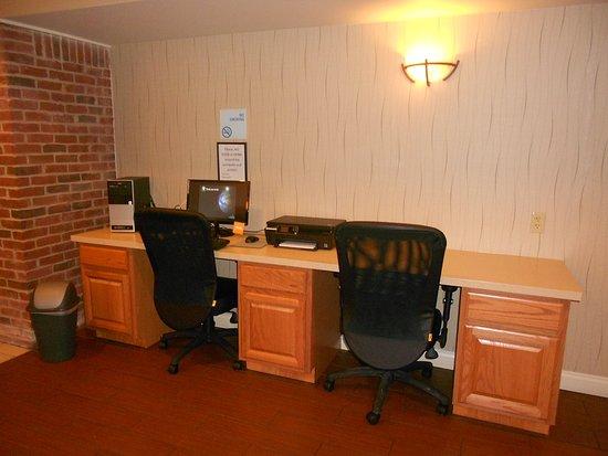 Lancaster, OH: Business Center