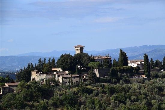 Castello di Verrazzano: View from the deck, I zoomed in quite a bit.