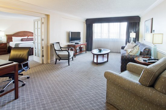 Crowne Plaza Portland-Downtown Convention Center: Hollander Suite