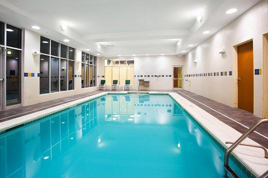 Aurora, Ιλινόις: Swimming Pool