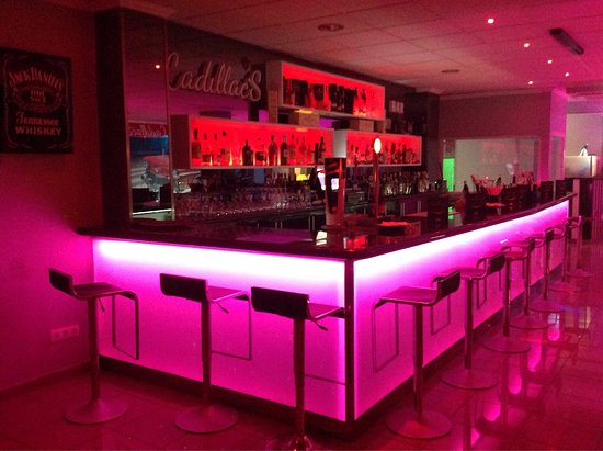 Cadillac's Lounge Bar