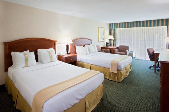 Holiday Inn Charlottesville - University Area: Two Queen Bed Guest Room