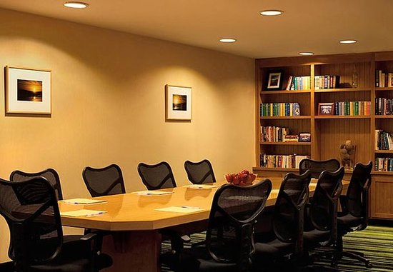 Sebastopol, Californie : Library / Meeting Room