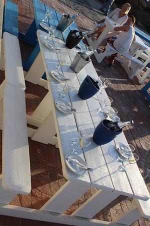 Gordon's Bay, Sør-Afrika: Netter Gruppentisch und viel Platz fürs Essen