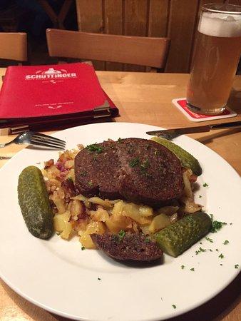 Gasthausbrauerei Schüttinger: Bremer Knipp mir hellem Bier