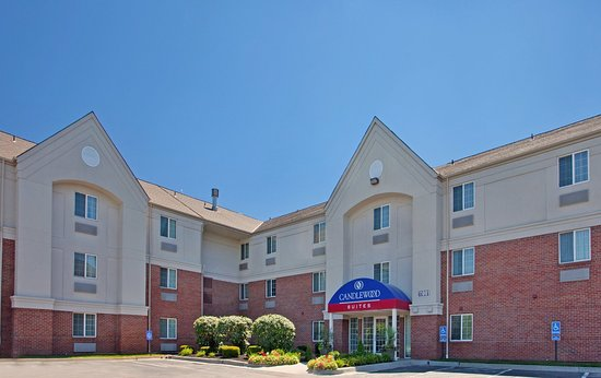 Candlewood Suites Overland Park