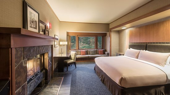 Salish Lodge & Spa: River View King