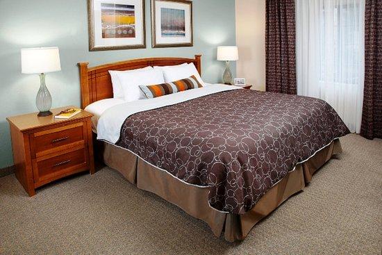 Staybridge Suites Denver South-Park Meadows: Studio Suite