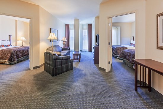 Staybridge Suites Downtown San Antonio Convention Center : Suite