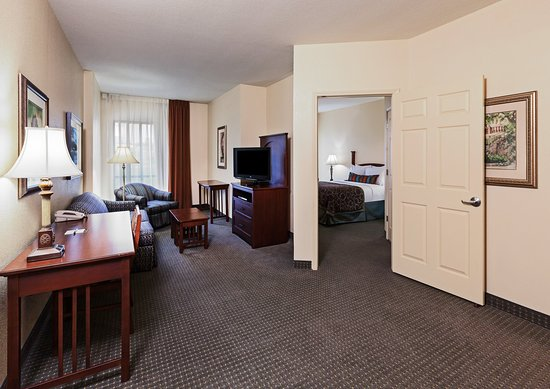Staybridge Suites Downtown San Antonio Convention Center : Wheelchair Accessible One Bedroom Suite