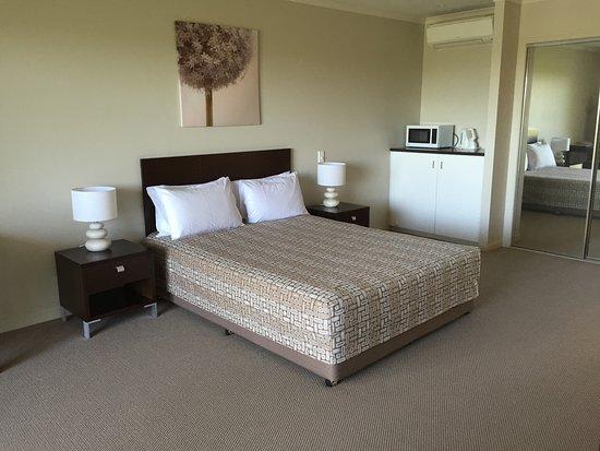 Noosa Heads Motel: Queen superior Room