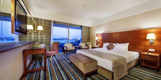 Pine Bay Holiday Resort Photo