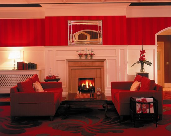 The Killarney Park Hotel: Residents Lounge
