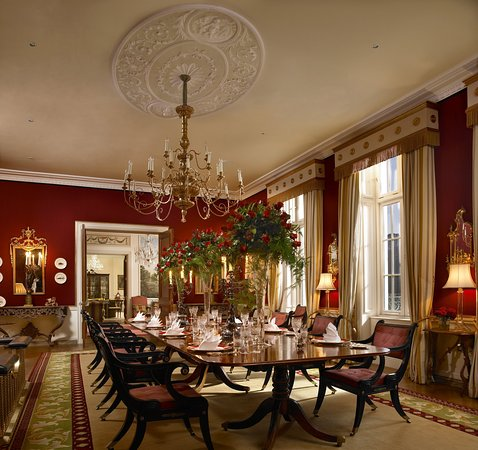 Straffan, Irlanda: Dining Room High Flowers