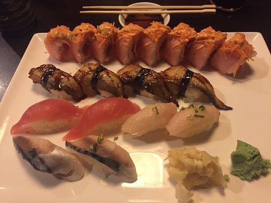 แอลทูนา, เพนซิลเวเนีย: Triple treat roll wish Sushi