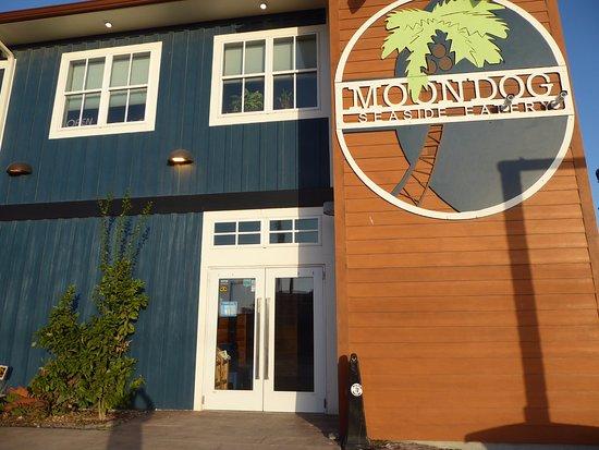 Fulton, TX: Moondog Outside Sign and Entrance