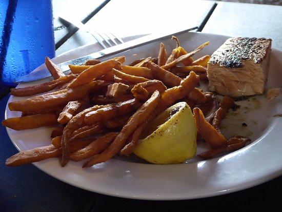 Fulton, TX: Half Salmon Portion with Sweet Potato Fries