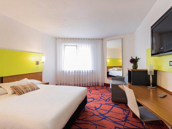 Ambassador Frankfurt Hotel: Guest Room