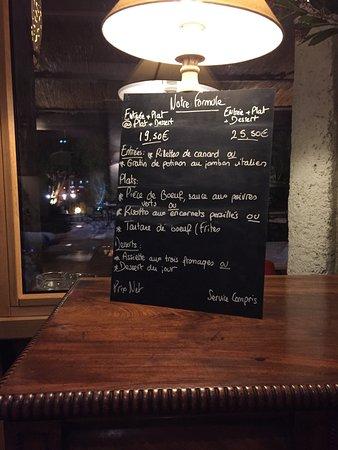 Roquefort les Pins, França: Les Menus du soir