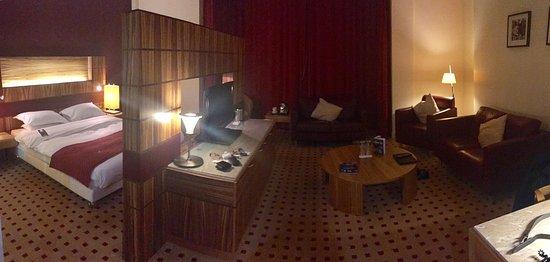 Decent hotel.