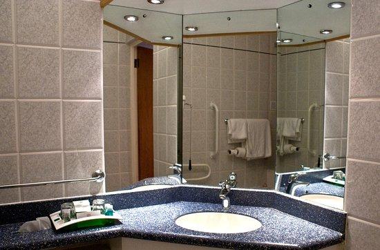 Hothfield, UK: Guest Bathroom
