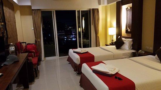 Golden Sea Pattaya Hotel Photo