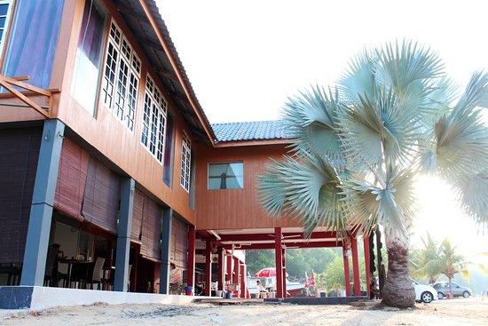 Riverbank 101 Dungun
