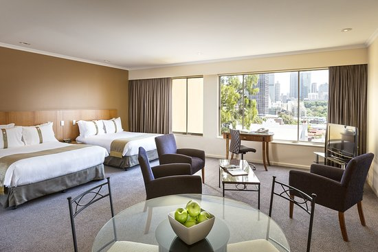 Holiday Inn Potts Point - Sydney : Deluxe Room - subject to availability.