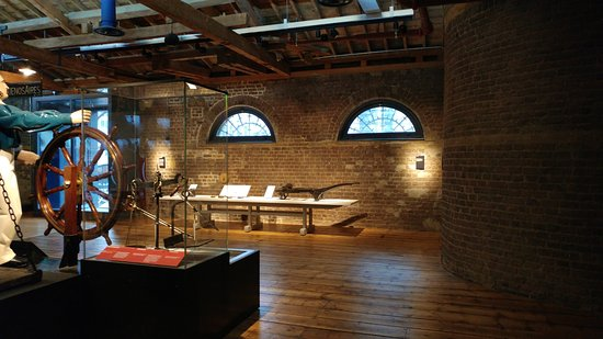 D Exhibition Docklands : Old georgian warehouse converted to a museum picture of