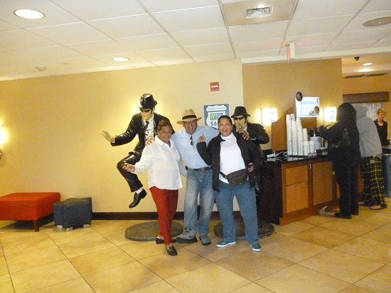 Holiday Inn Express Hotel & Suites Universal Studios Orlando Photo