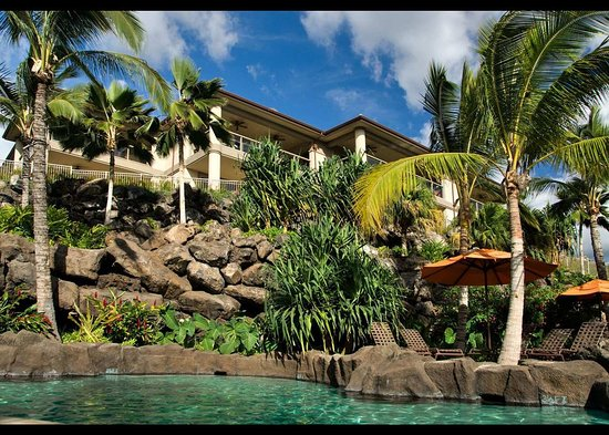 Ho'olei at Grand Wailea: Exterior and Pool View