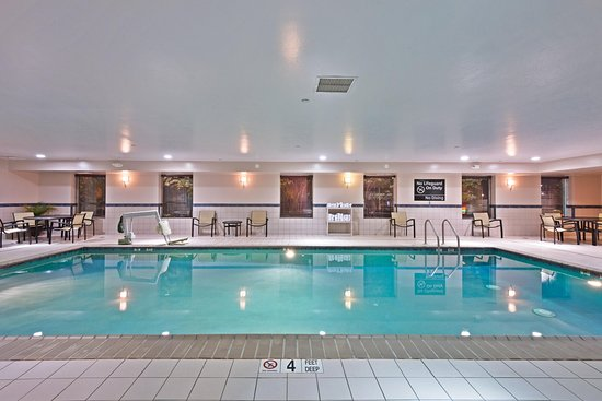 Hampton Inn Gainesville-Haymarket: Pool