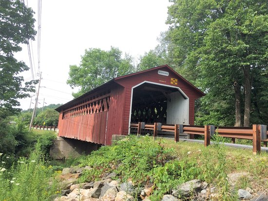 Bennington, VT: A bridge :)