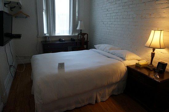 Potret Hotel Ambrose