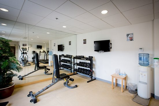 Stellarton, Canada: Stay on track with your fitness goals in our fitness center