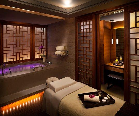 Shangri-La Hotel, Vancouver: CHI, Single Treatment Suite