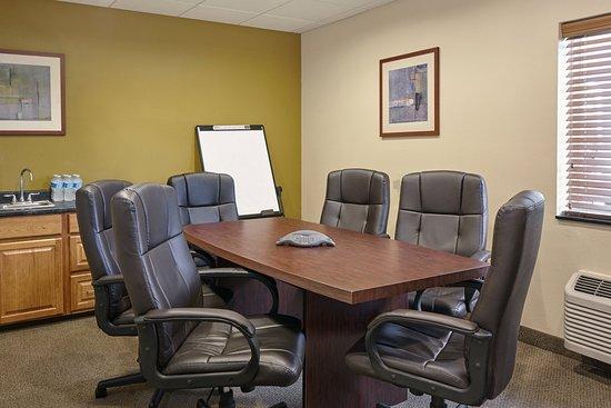 Aurora, IL: Boardroom