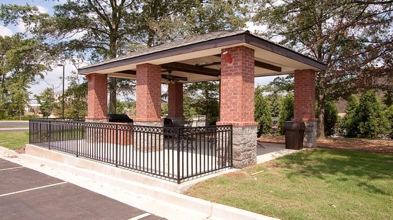 Atenas, GA: Candlewood Suites Athens Guest Covered Patio