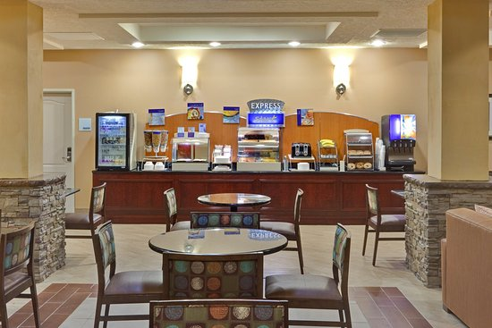 Holiday Inn Express Hotel & Suites Grants-Milan : Holiday Inn Express & Suites - Grants/Milan Breakfast Area