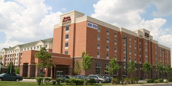 Hampton Inn and Suites Detroit/Airport-Romulus