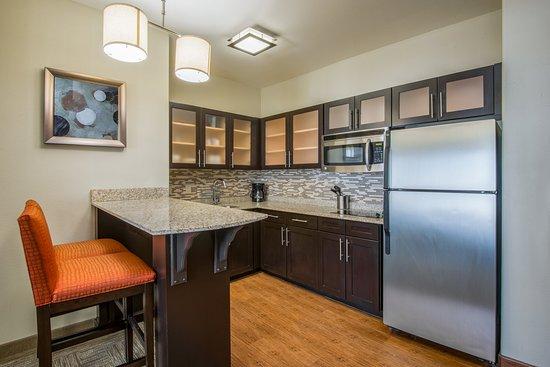 Staybridge Suites Amarillo-Western Crossing: Room Feature