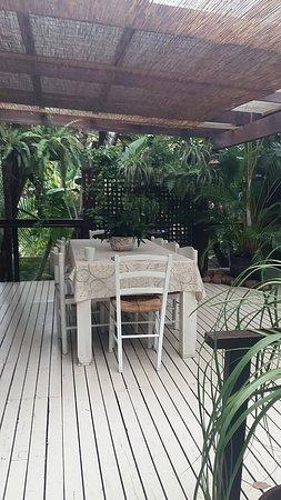 Mythai Guesthouse: 20170203_070707_large.jpg