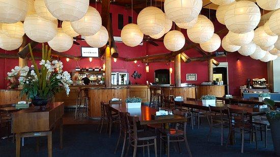 Balcatta, Australie : Interior of 'Ruby's Restaurant