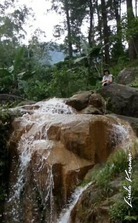 Kleting Kuning Waterfall