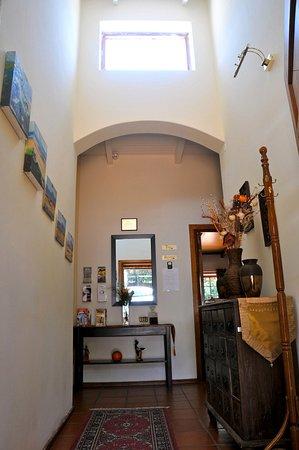 House on York : Entrance