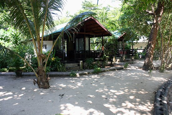 The Village Bunaken: Beachview cottage