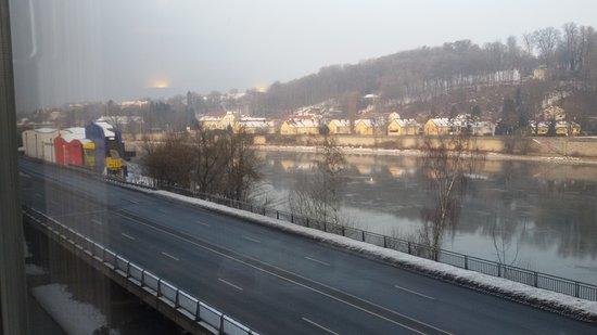 IBB Hotel Passau City Centre: 20170129_082434_large.jpg