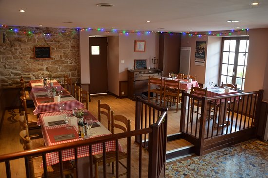 Bono, Fransa: une des deux salles du restaurant