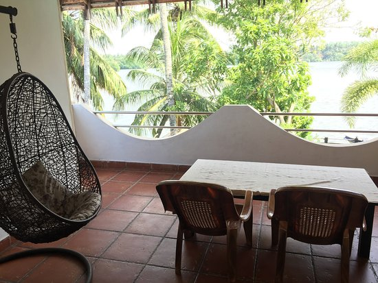 Riverbank Bentota: Balcony outside my room, relaxing and breathtaking.