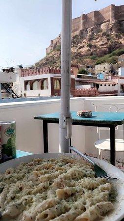 Amazinglyyy beautiful hostel.. currently on my top list across India.. awsome view of mehrangarh